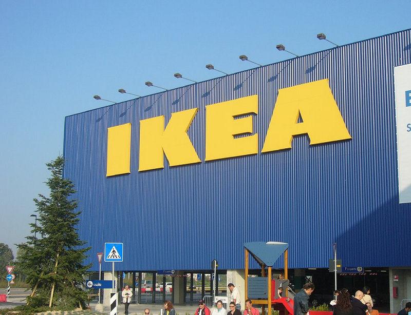Ikea assume nuovo personale anche senza esperienza in for Ikea immagini divertenti