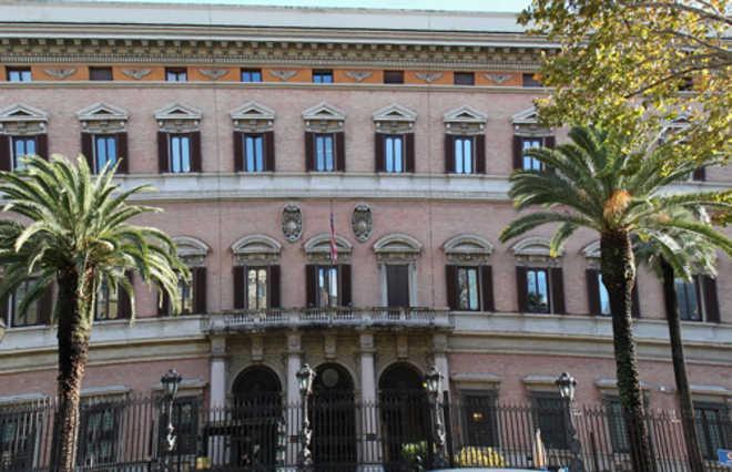 Allarme bomba all 39 ambasciata americana di roma - Allarme bomba porta di roma ...