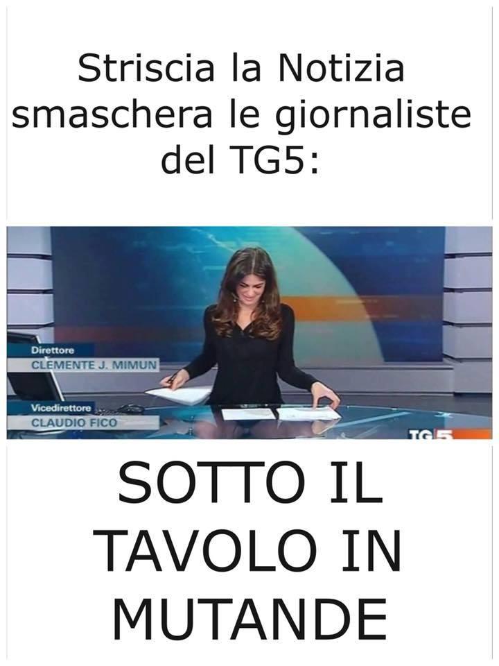 Striscia la notizia smaschera le giornaliste del tg5 - Cosce aperte sotto il tavolo ...